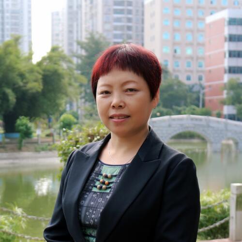 (三)薛梅  教授/制药高级工程师