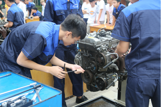 海南工商职业学院第四届汽车检测与维修技能大赛